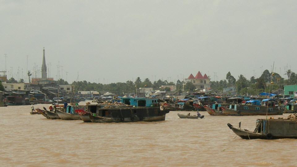 Mekong delta day tour - Caibe floating market