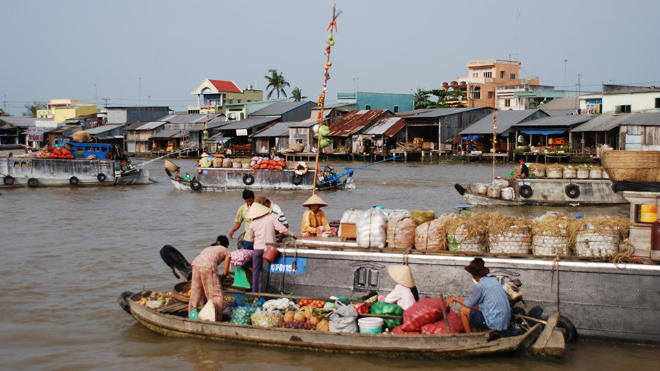 CaiRang floatingmarket in CanTho