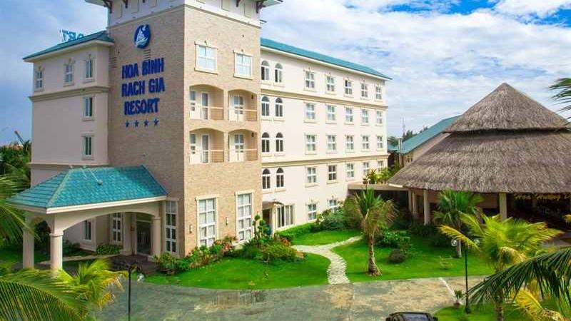 Hoa Binh hotel in Rach Gia - mekong delta tour
