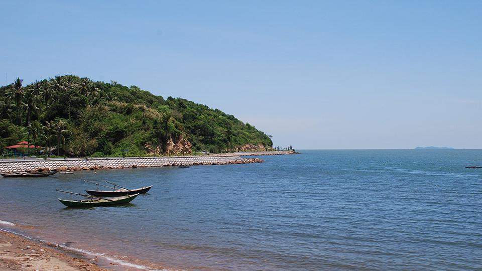 Mui Nai beach in Ha Ttien - mekong delta tour