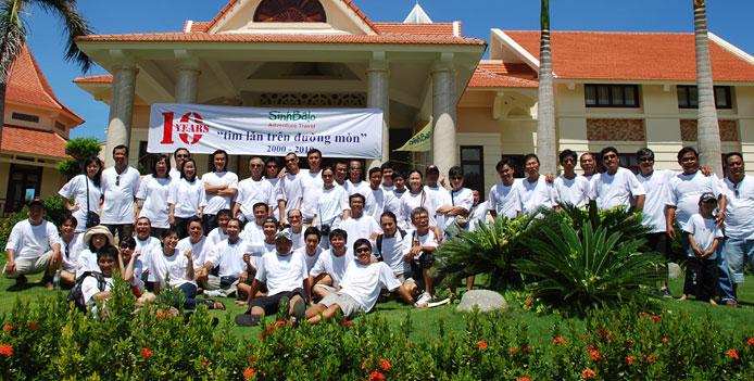 Sinhbalo_staff_2010