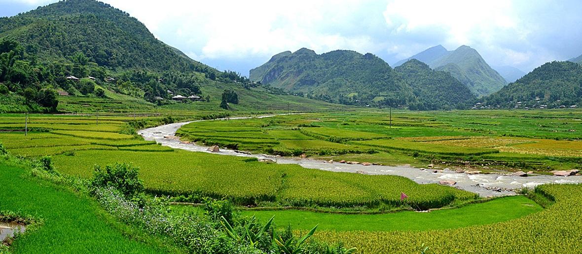 Cycling north Vietnam - TuLe valley