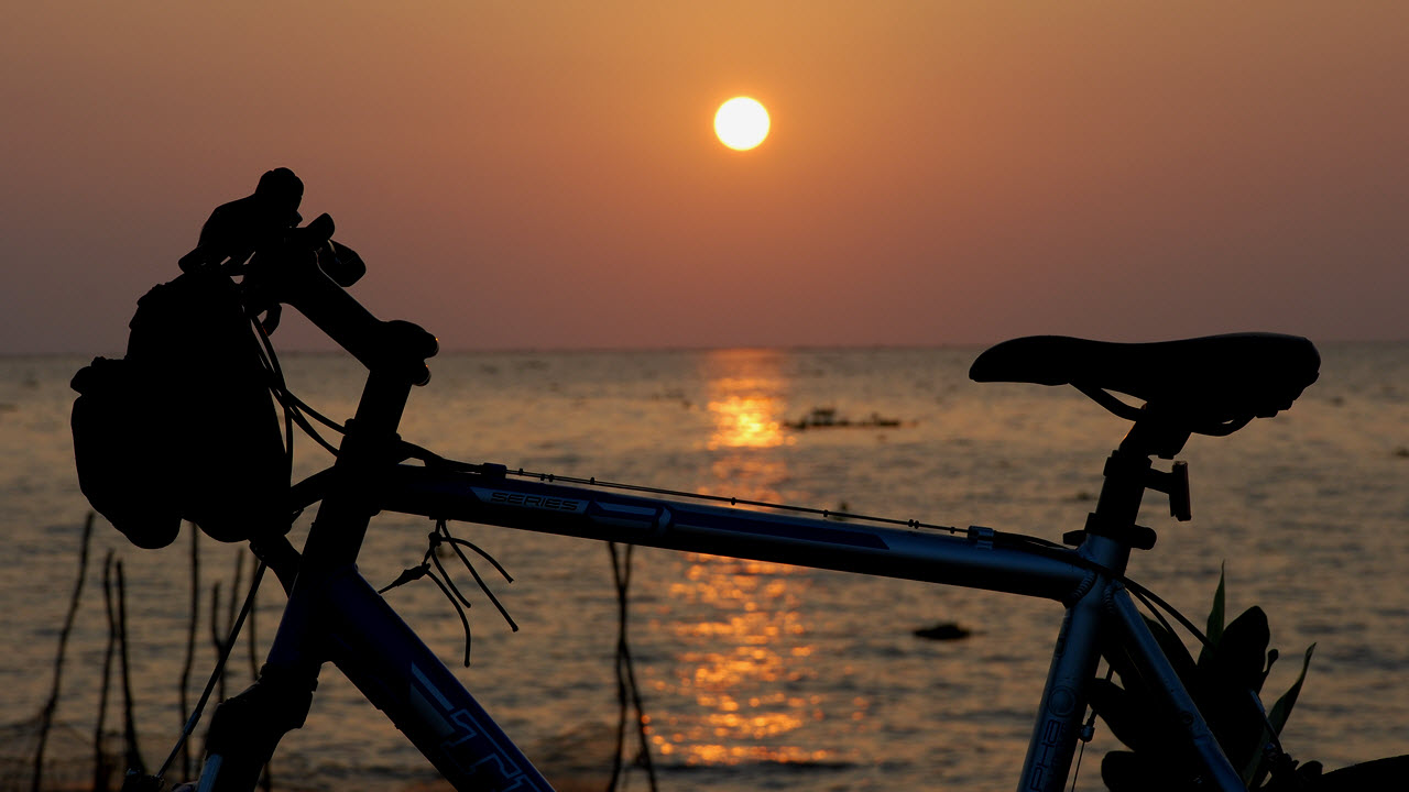 Bike and cruise - Mekong delta cycling tour 4 days
