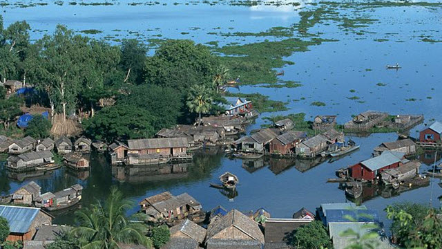 A corner of Tonle Sap lake - Siemreap Cambodia