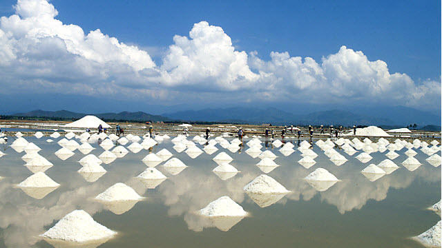 Vietnam beaches NhaTrang - salt field near DocLet