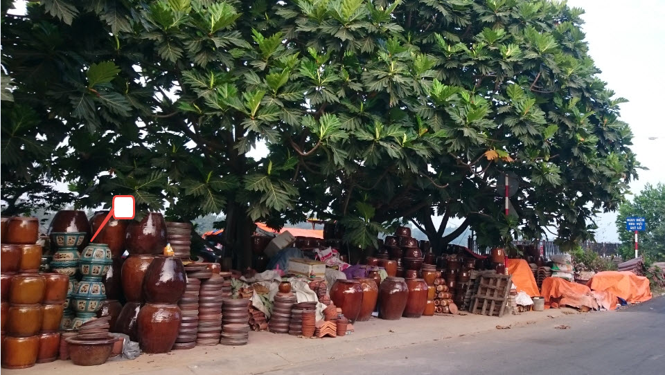 Bike to CuChi tunnels - Pottery in LaiThieu